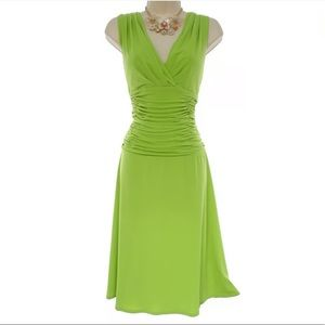 14 Large XL NWT▪️LIME GREEN RUCHED WAIST DRESS